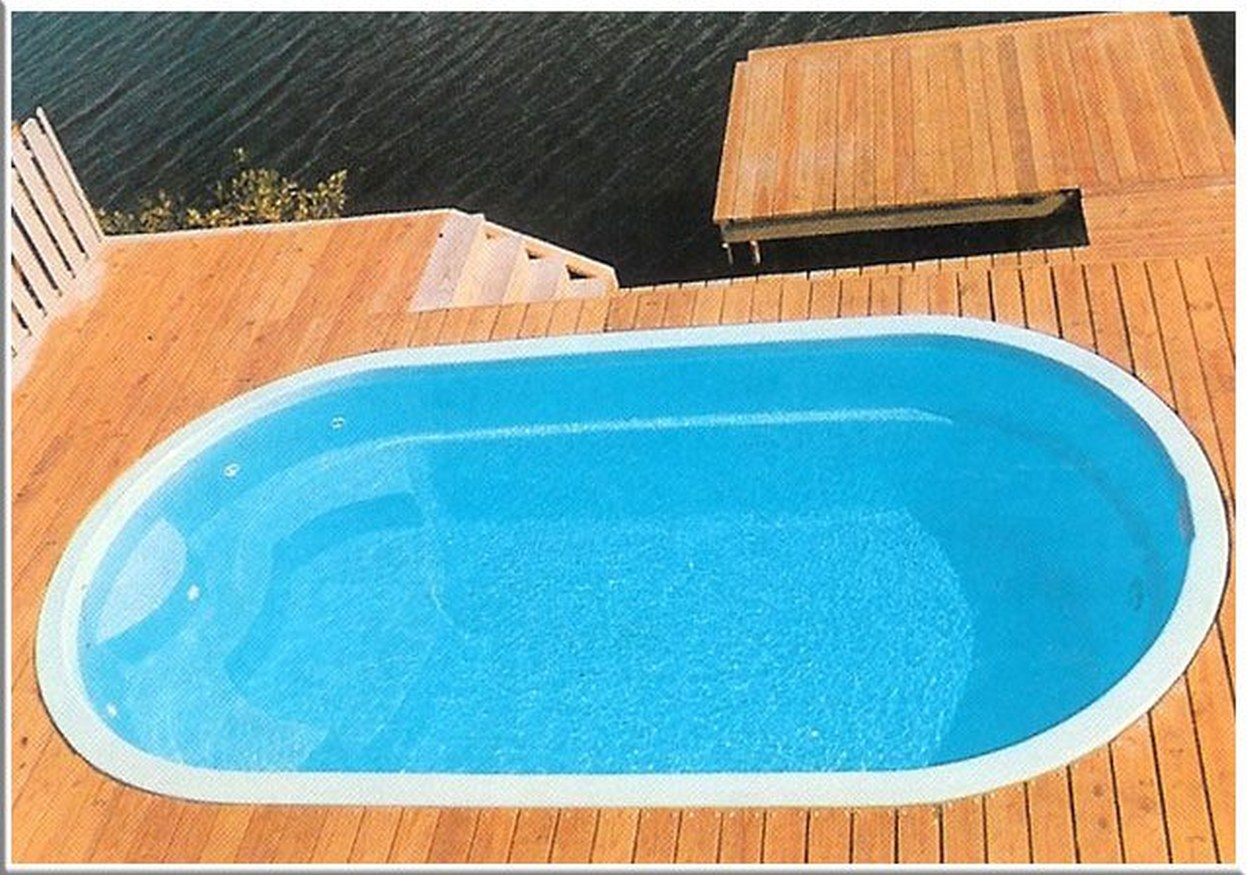 <div class='closebutton' onclick='return hs.close(this)' title='Close'></div><div class='firstH'><img src='images/logo-white-small.png'></div><h1>Sonoma Fiberglass Pools</h1><p>Size: 9' x 17'<br>Depth: 4' 3'' FLAT<br>Gallons: 3250<br>Square Feet: 128</p><div class='getSocial'><h1>Share</h1><p class='photoBy'>Photo by Gulf Coast Pools</p><iframe src='http://www.facebook.com/plugins/like.php?href=http%3A%2F%2Fgulfcoastpoolsllc.com%2Fimages%2Fcaribbean-bay%2Fmayan%201.jpg&send=false&layout=button_count&width=100&show_faces=false&action=like&colorscheme=light&font&height=21' scrolling='no' frameborder='0' style='border:none; overflow:hidden; width:100px; height:21px;' allowTransparency='true'></iframe><br><a href='http://pinterest.com/pin/create/button/?url=http%3A%2F%2Fwww.gulfcoastpoolsllc.com&media=http%3A%2F%2Fwww.gulfcoastpoolsllc.com%2Fimages%2Fcaribbean-bay%2Fmayan%201.jpg&description=Pools' data-pin-do='buttonPin' data-pin-config=\'above\'><img src='http://assets.pinterest.com/images/pidgets/pin_it_button.png' /></a><br></div>